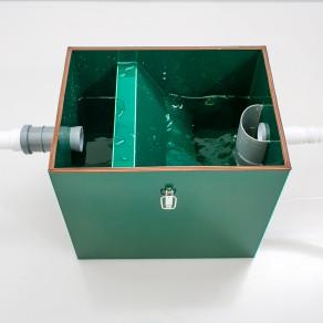 Жироуловитель кубический быстро и легко устанавливается